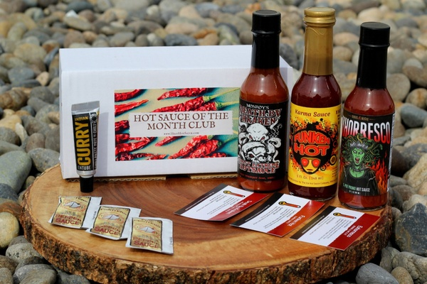 Best Gifts For Hot Sauce Lovers - SubscriptionBoxExpert